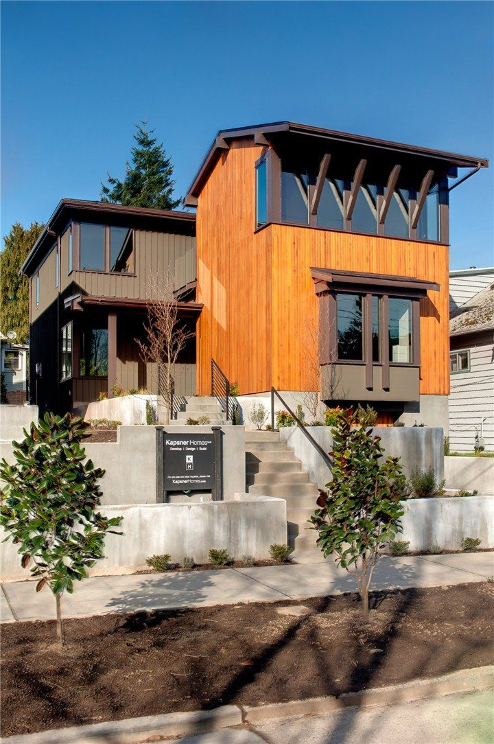Pending in 7 Days: Green Lake NW Contemporary
