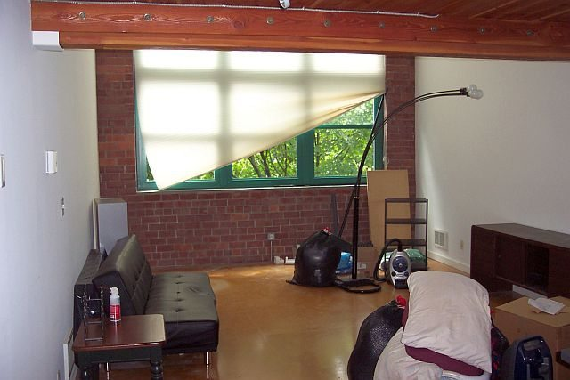 383010 4 0 Contemporary, Charming Belltown Loft Unit for Creative Decorator!