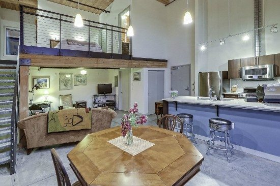 Veer1 Short Sale at Veer Lofts & A Beacon Hill Townhouse