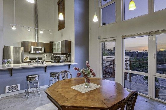 Veer2 Short Sale at Veer Lofts & A Beacon Hill Townhouse