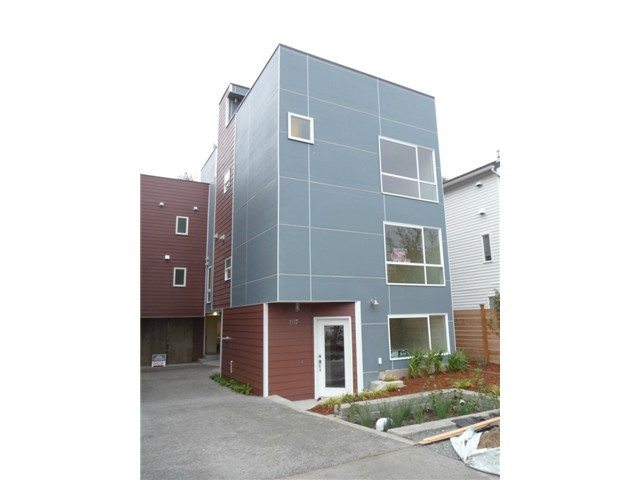 1537 18th Ave s Update: South Seattle Newly Built Tri Level Unit: $375,000