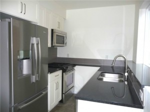 1537 18th ave s 2 300x225 Update: South Seattle Newly Built Tri Level Unit: $375,000