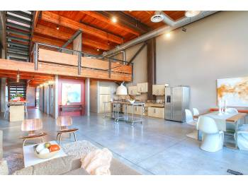 164125 8393509 3848606876 Massive Queen Anne Loft for Rent
