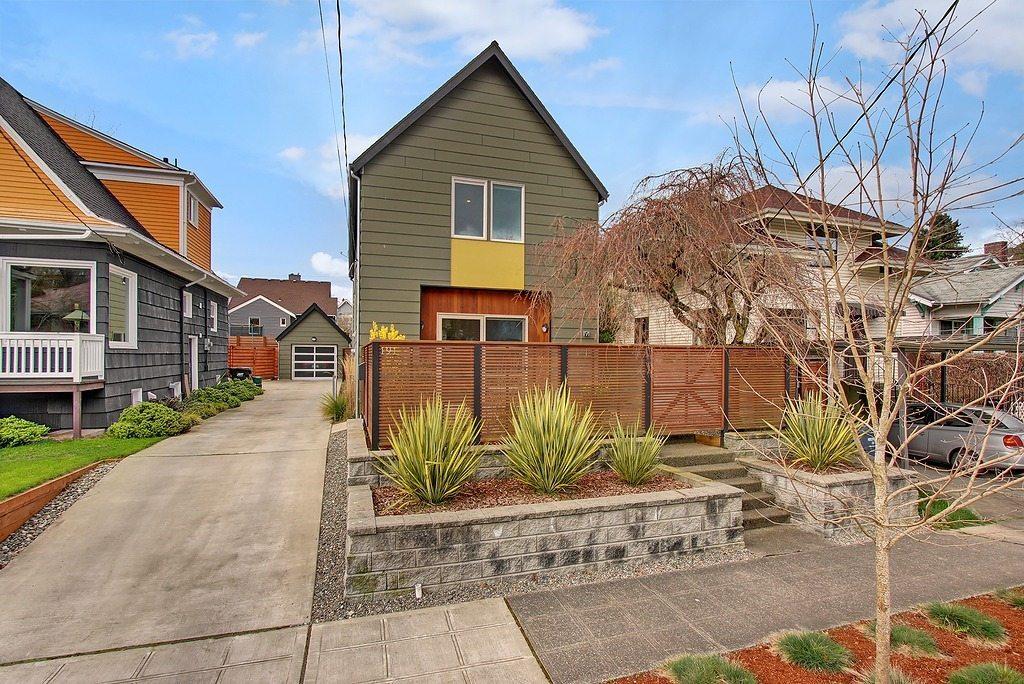 Central Seattle Quot Green Built Modern Farmhouse Quot Urban Living