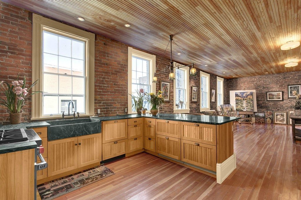 463817 7 0 Historic Cracker Factory in Port Townsend   Ultimate Loft