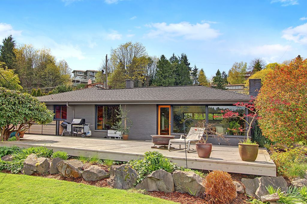 472796 0 Seward Park Mid Century, Big Lot