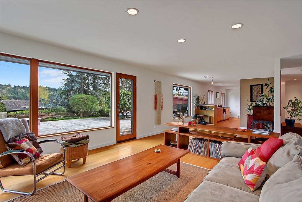 472796 3 0 Seward Park Mid Century, Big Lot