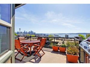 477724 3 0 300x225 Seattle Open Houses   April 27 28