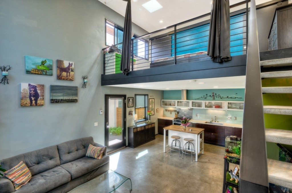 478775 5 0 $199k Loft Style Townhome