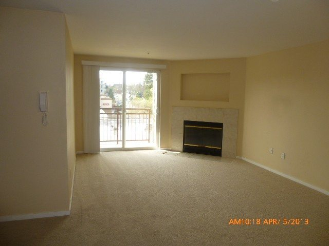 8745 Greenwood Ave N #303 sold for $118,000