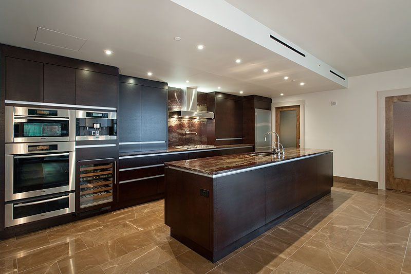 Four Seasons - 1201 - Kitchen