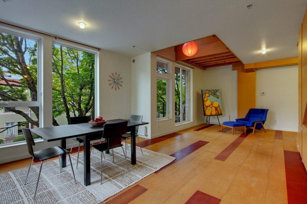 1826 E Yesler Way - Living Room