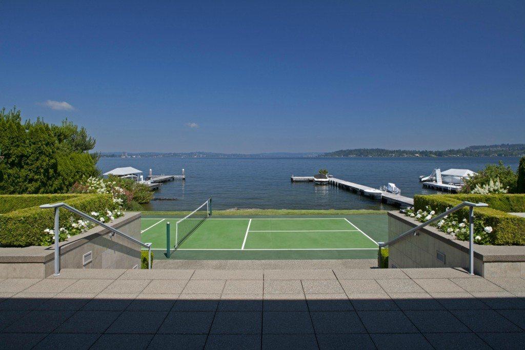 2000 Faben Dr - tennis