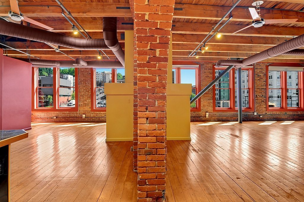 210 3rd Ave 5d Interio2  Monster Pioneer Square Loft