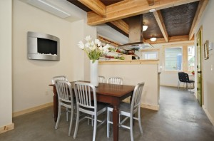 528948 5 0 300x198 Must See Seattle Open Houses for August 10 and 11