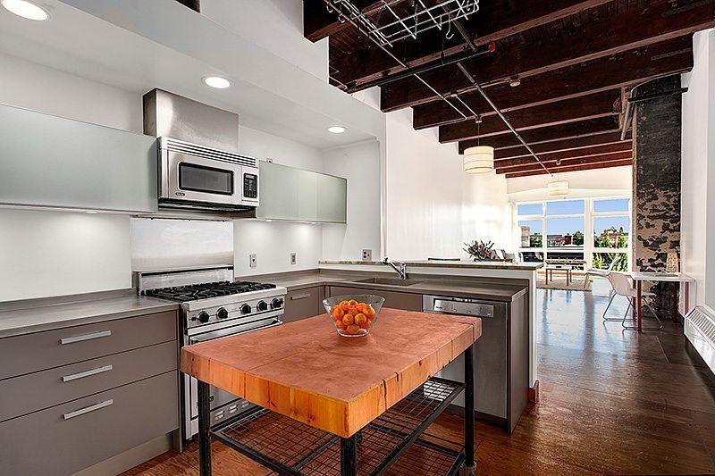 1024 E Pike - 301 - Kitchen 2