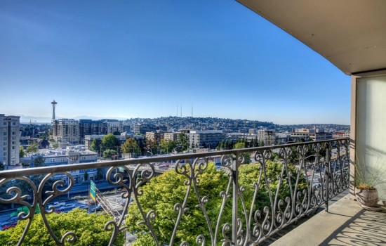 1740 Melrose Ave - View
