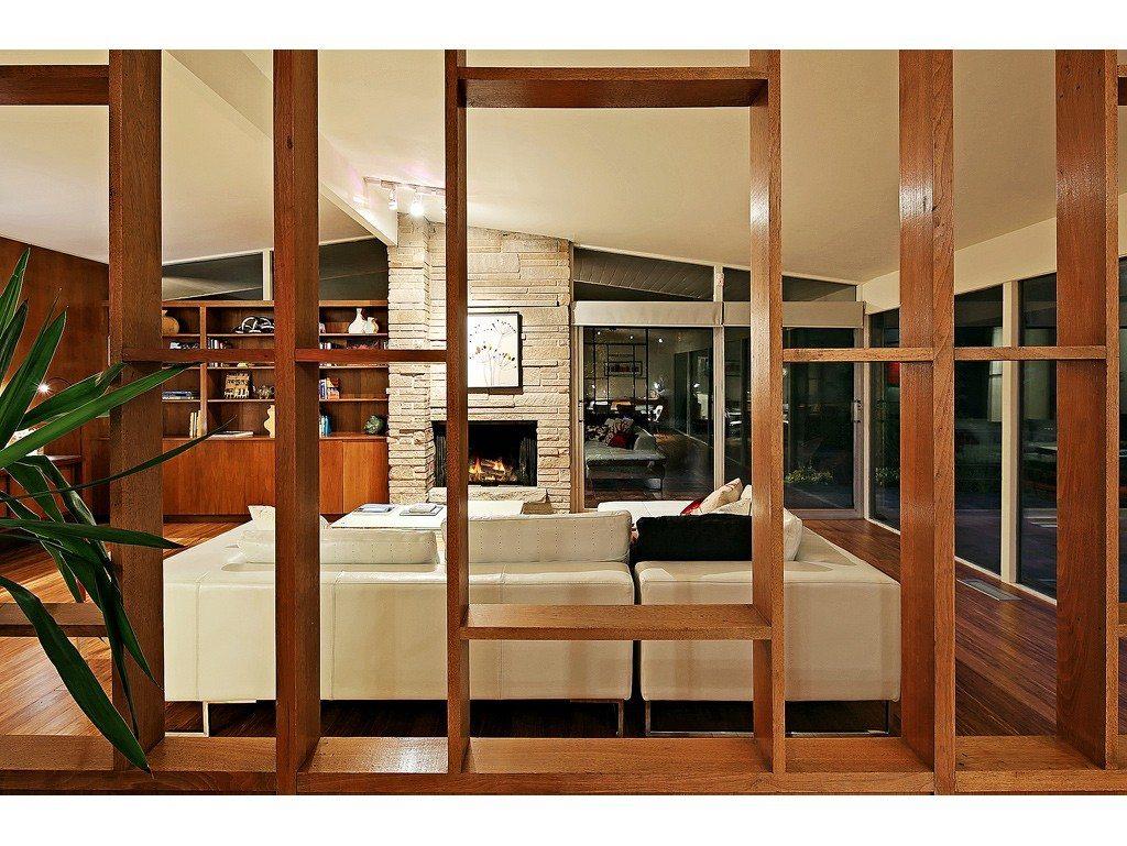 magnolia mid century modern urbnlivn. Black Bedroom Furniture Sets. Home Design Ideas