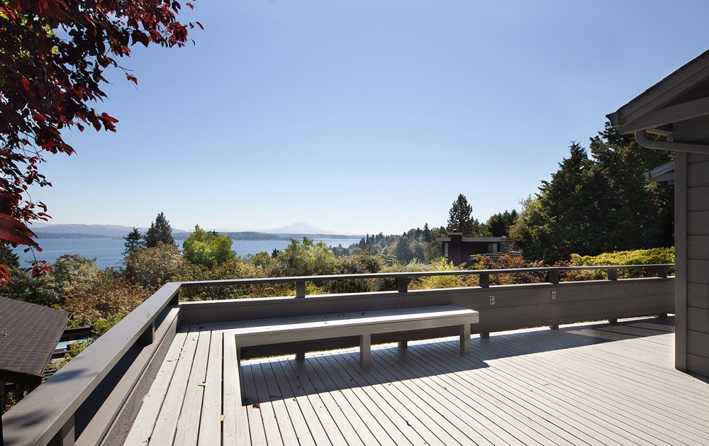 815 Hillside Dr E Deck George Suyama Remodel in Washington Park