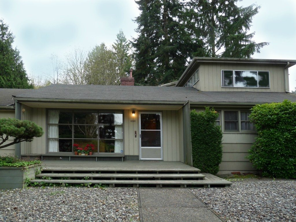 4245 NE 88th St Exterior before Re Modeled Wedgwood Mid Century   BEFORE & AFTER