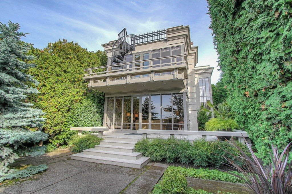 1935 10th Ave E Macklemore Exterior Macklemores $2.1m Capitol Hill House