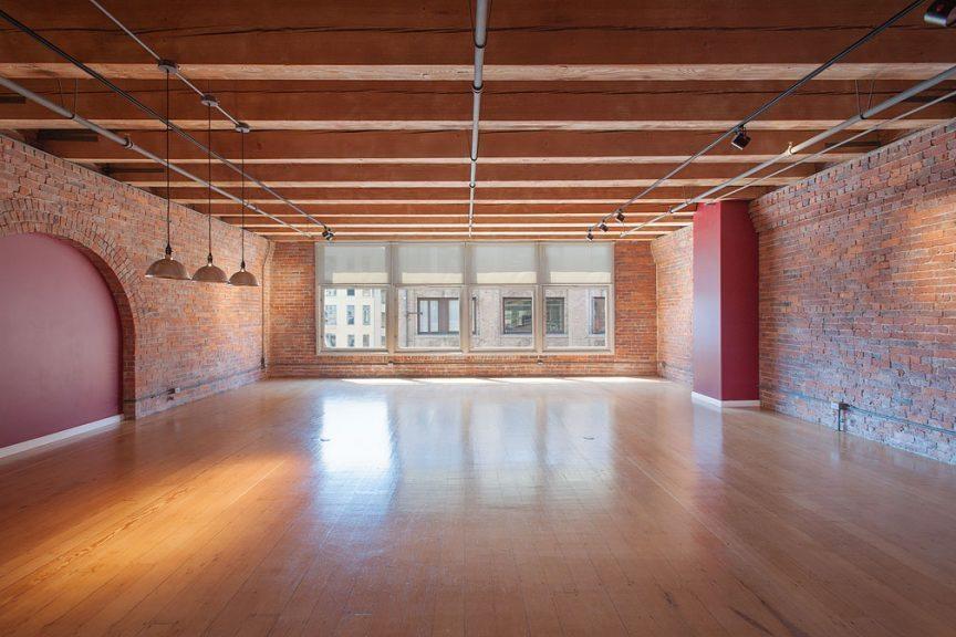 monster pioneer square loft urban living. Black Bedroom Furniture Sets. Home Design Ideas