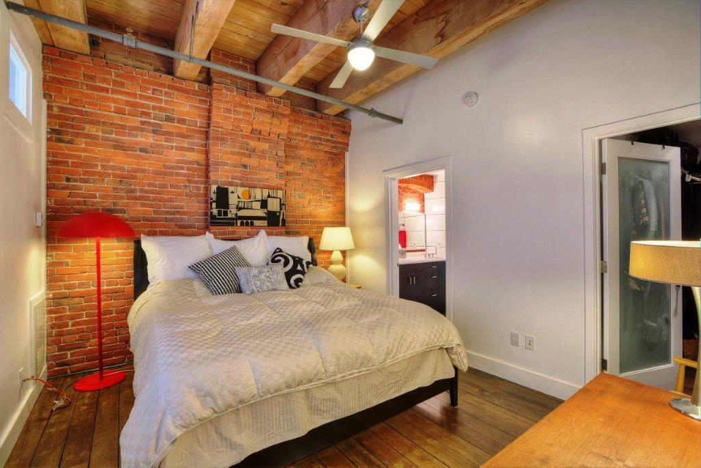 210 3rd ave s unit 2 d bedroom