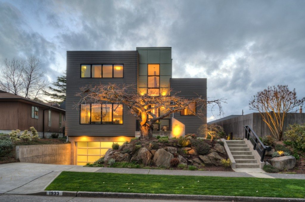 1933 48th Ave SW - Exterior