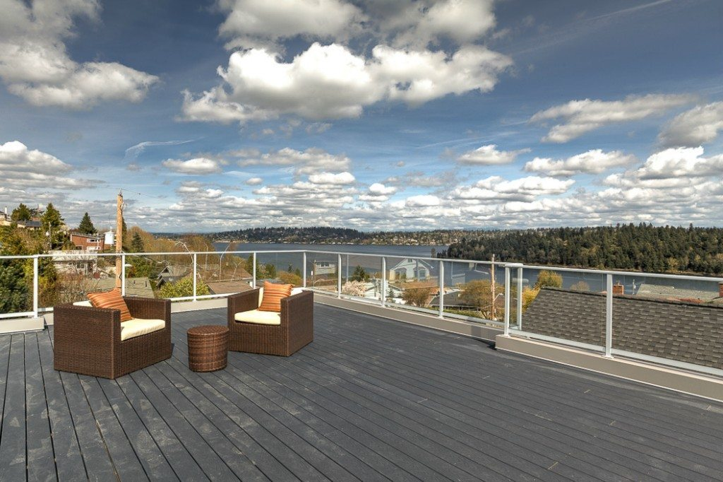 5237 S Farrar St Deck Seward Park Modern with Lake Views