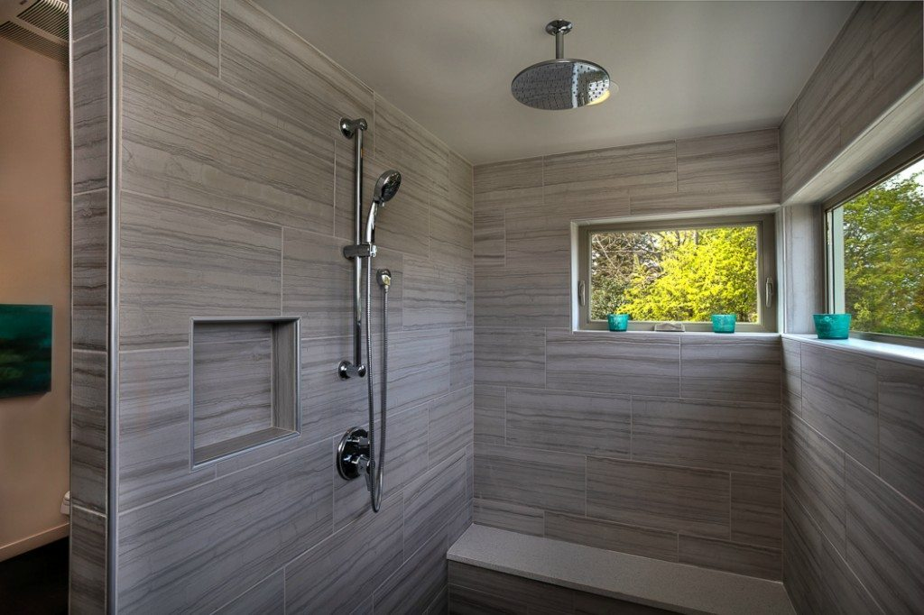 5237 S Farrar St Shower Seward Park Modern with Lake Views