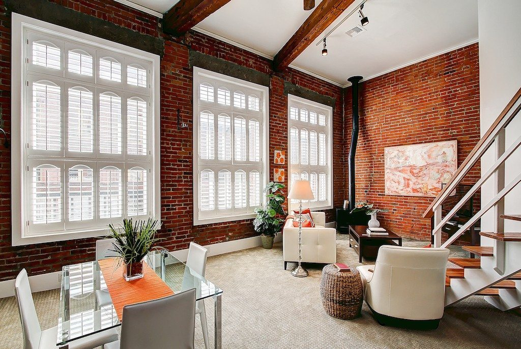 606 Post Ave 201 Living Pretty Sweet Pioneer Square Loft