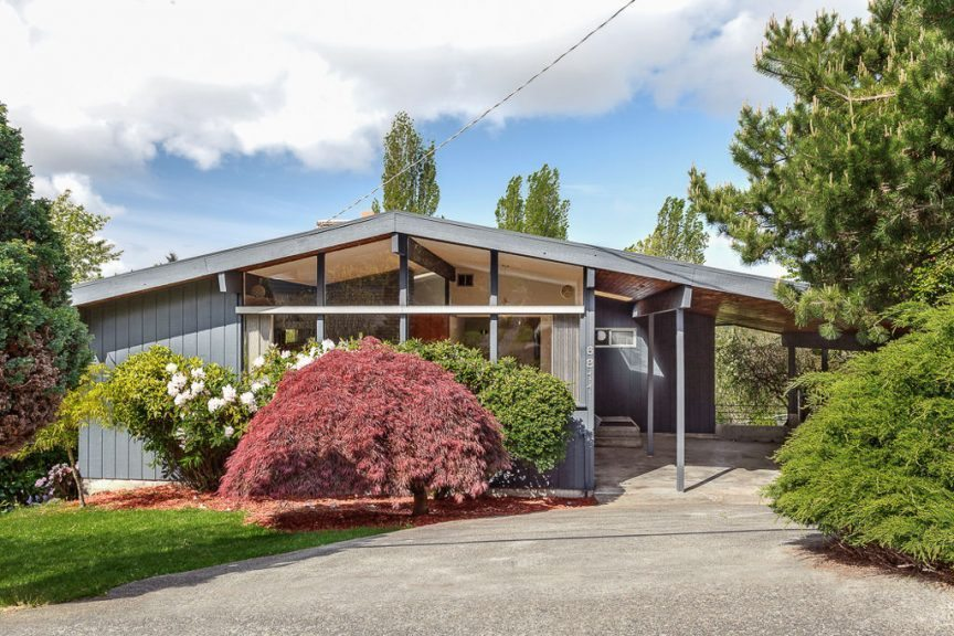 6811 51st Ave S - Exterior