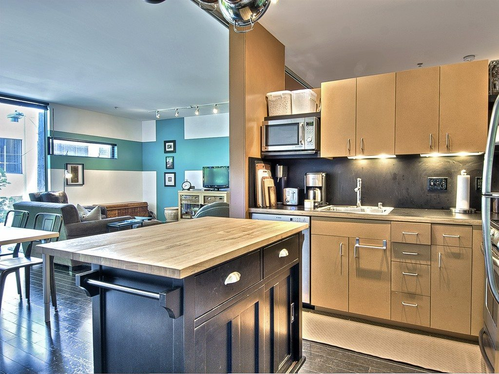 1111 Pike kitchen - Urban Living