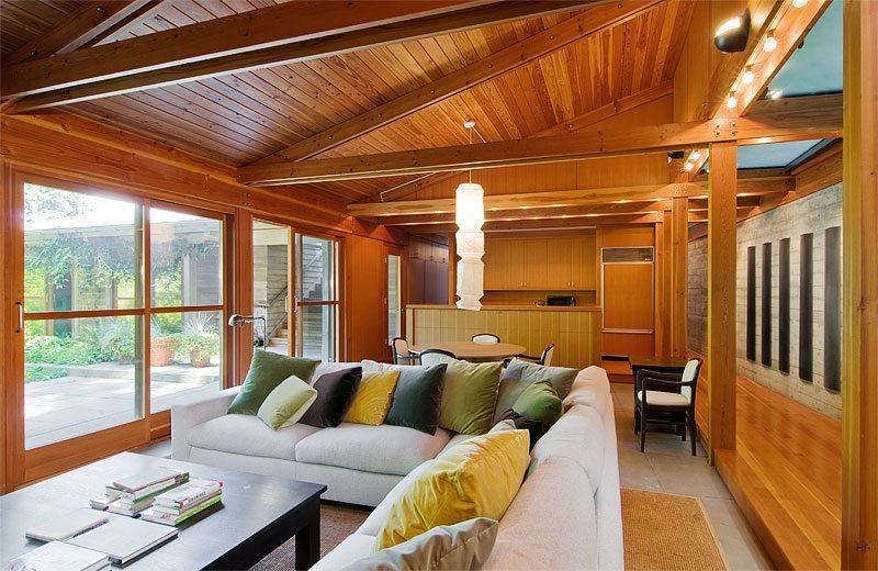 134 Huckleberry Ln - Guest House Living