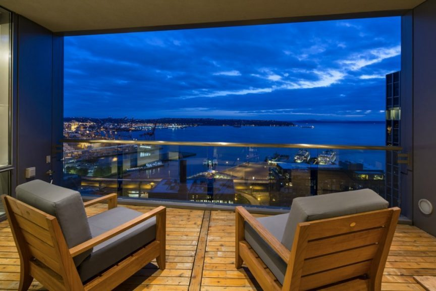715 2nd Ave - Deck