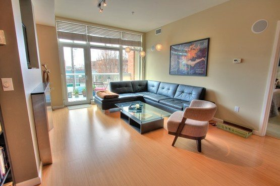 17 W Mercer 201 2 Heart of Uptown Condo   Walkable + Transit