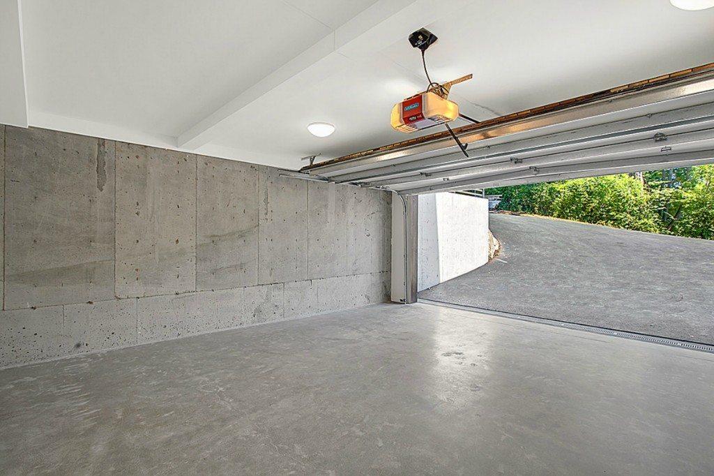 DB garage