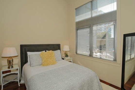 159 Denny Wy unit 114_bed