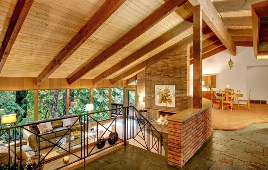 Wood Beams & Stone – 2 Affordable Midcentury Contemporarys