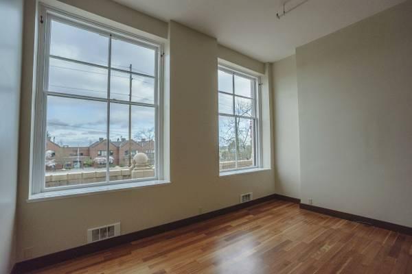 QA high school- 4th fl rental - liv windows