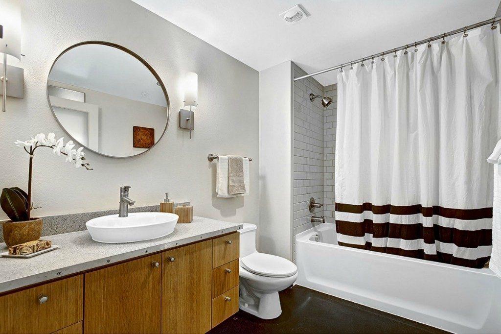 1408 12th Ave #310 - bath