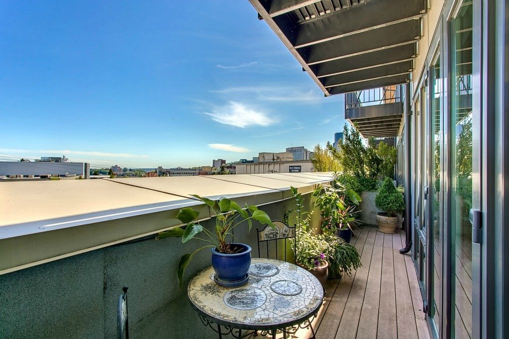 1408 12th Ave _406 - deck