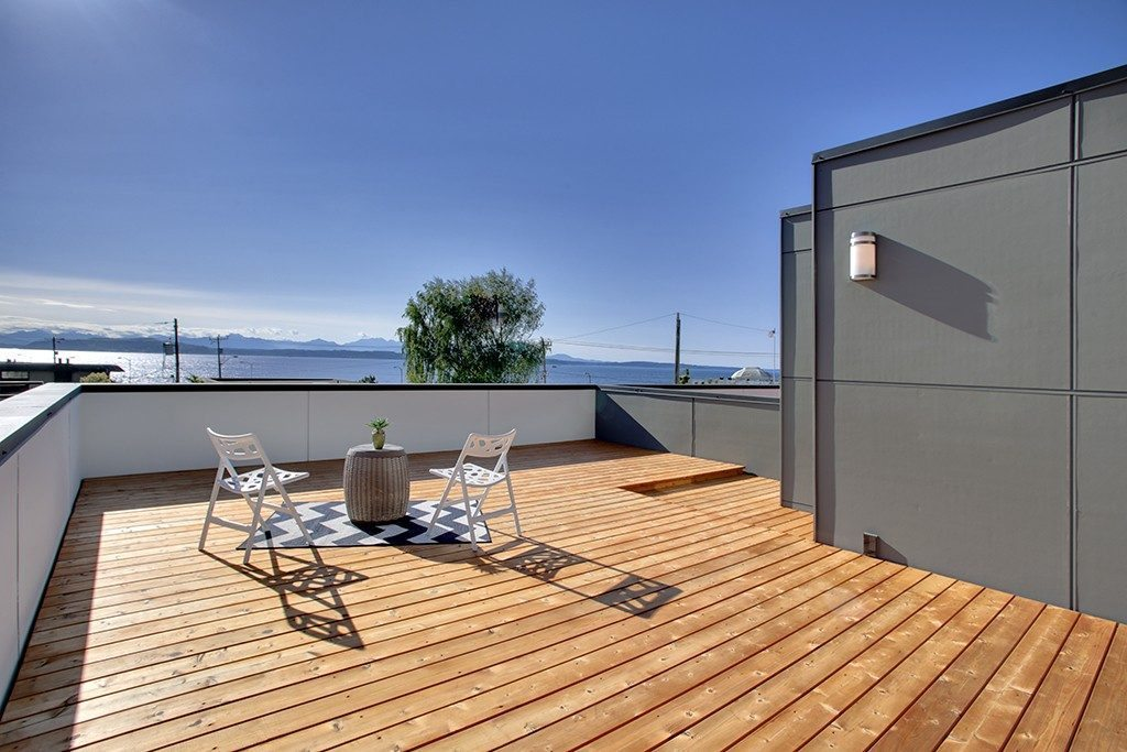 2416 Wickstrom Pl SW - rooftop deck