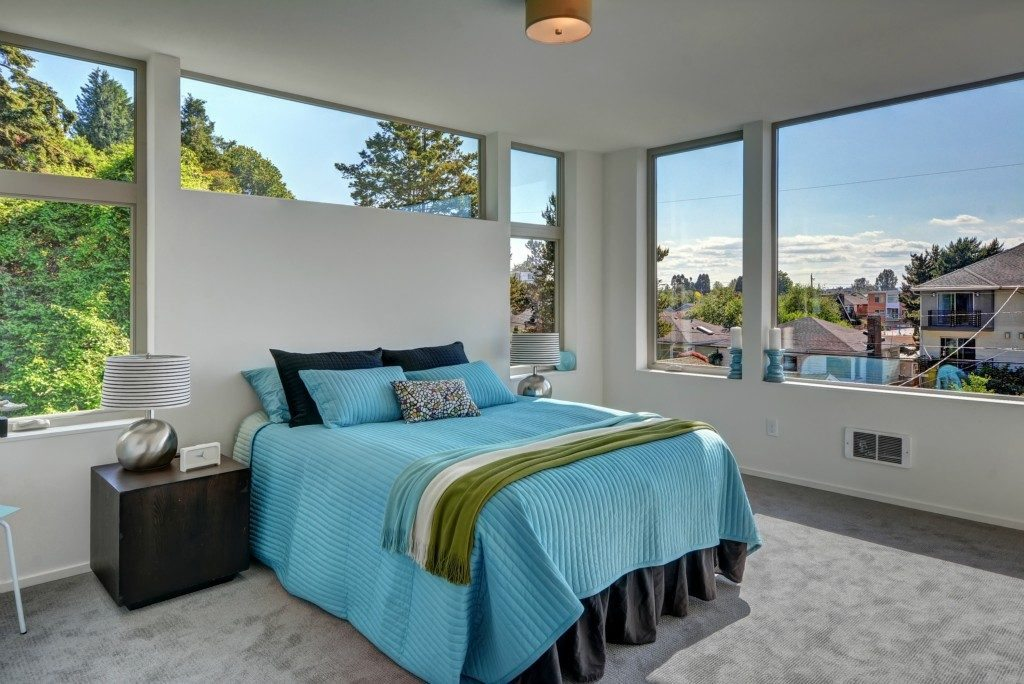2452 55th Ave SW - mstr bed