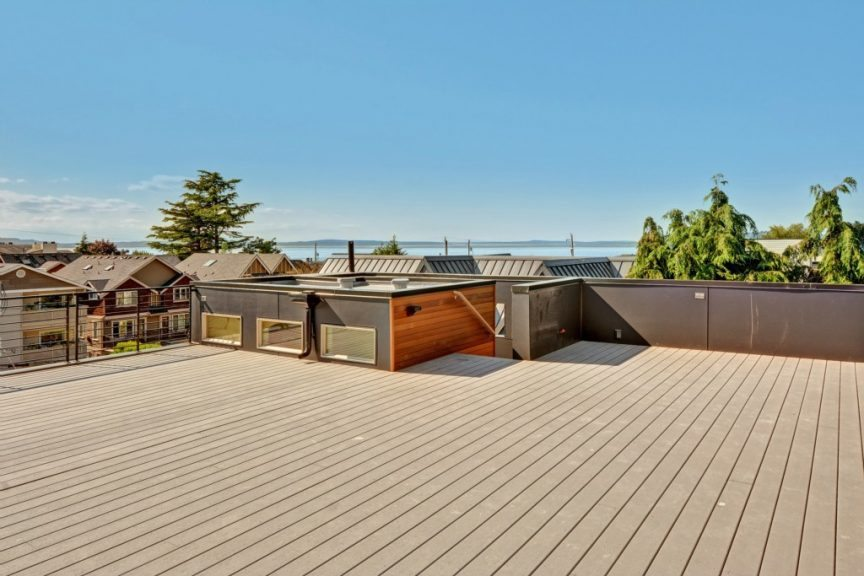 2452 55th Ave SW - rooftop deck