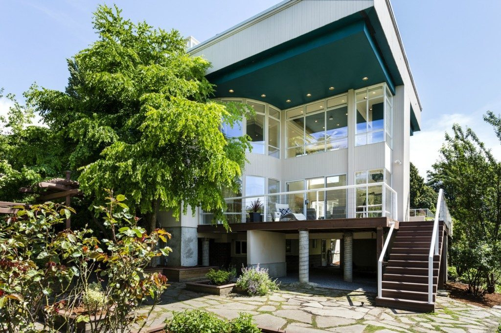 3903 46th Ave S -