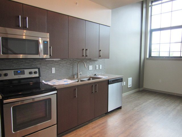 Broadstone Infinity - small - kitchen to window