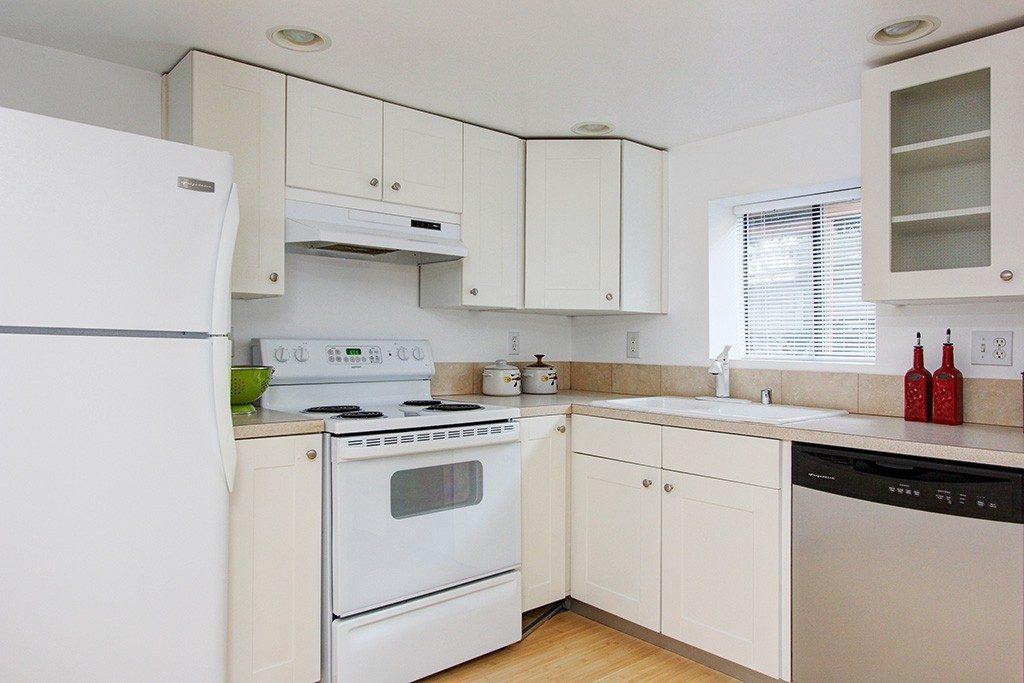 103 Newell St - ADU kitchen