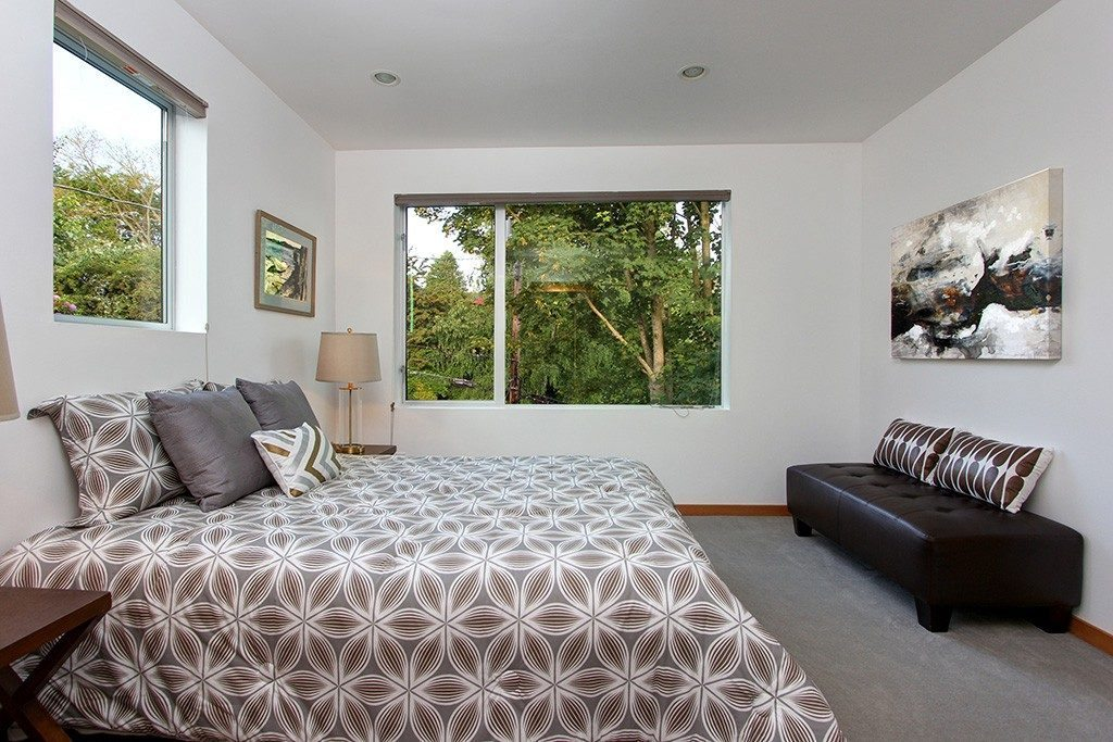 103 Newell St - bed