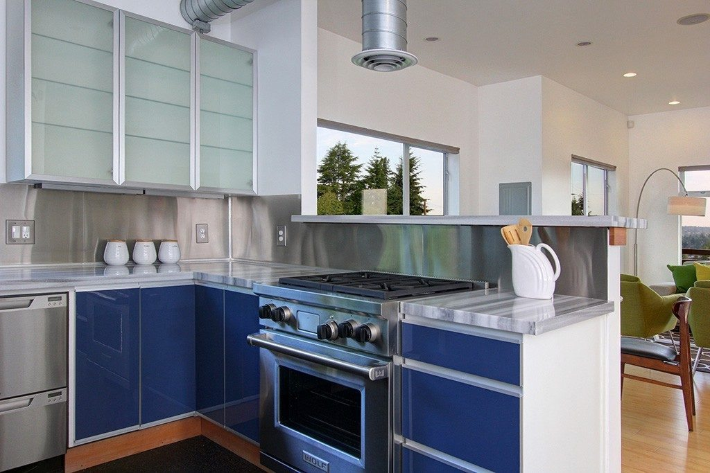 103 Newell St - kitchen2